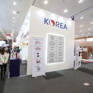 stand Korea-1